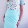 Sukienka medyczna taliowana dwukolorowa wzór kwiaty miętowe kolor mięta BAWEŁNA PREMIUM EFIMED