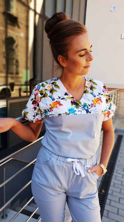 Bluza medyczna damska taliowana super oddychająca wstawka wzór ptaki kolor popiel nitka węglowa EFIMED
