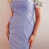 Sukienka medyczna damska super oddychająca taliowana wstawka wzór kwiaty jasne z nitką węglową kolor wrzos EFIMED