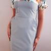 Sukienka medyczna damska super oddychająca taliowana wstawka wzór ptaki z nitką węglową kolor popiel EFIMED